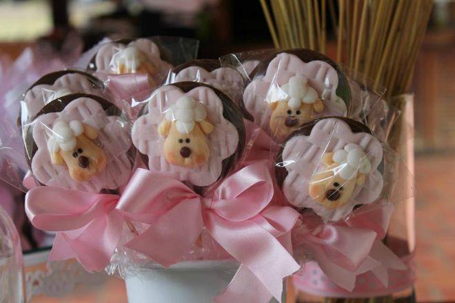 Lamb chocolate lollipop