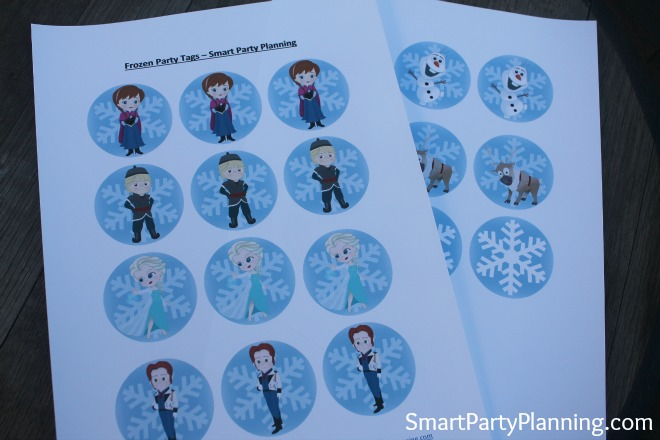 Print out of the Frozen Party Tags