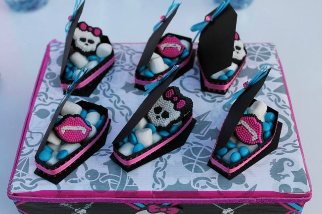 Monster High coffins