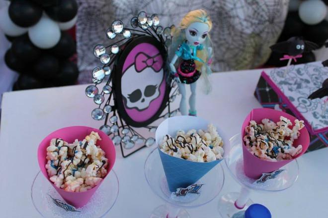 Monster High popcorn cones