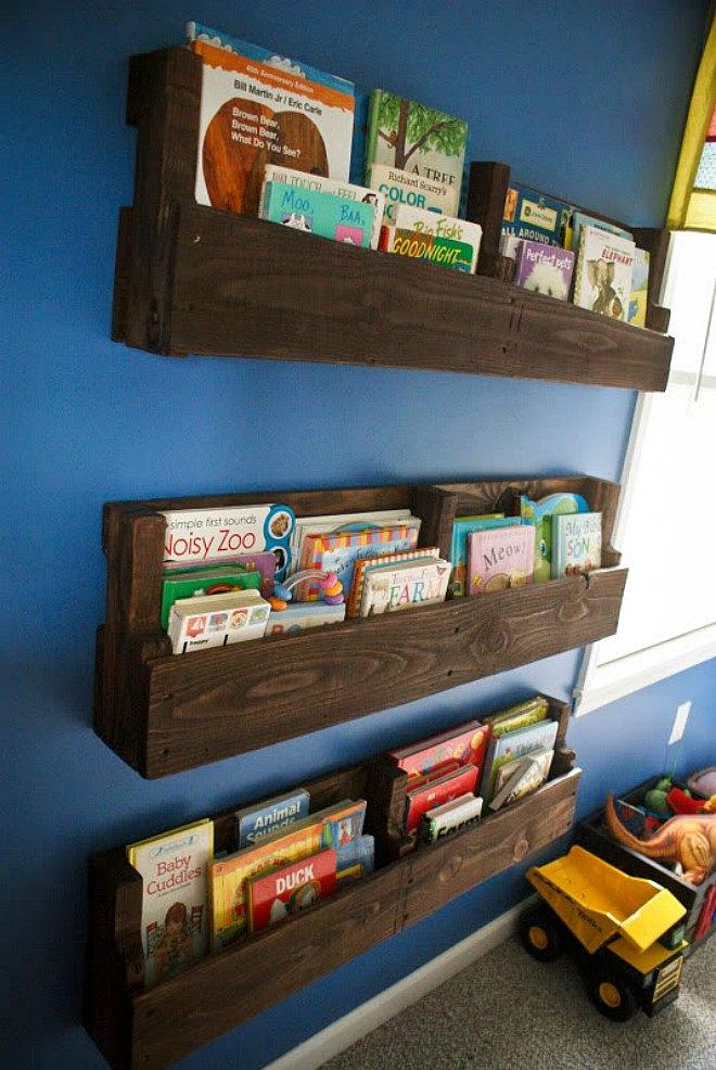 Palette Bookshelf