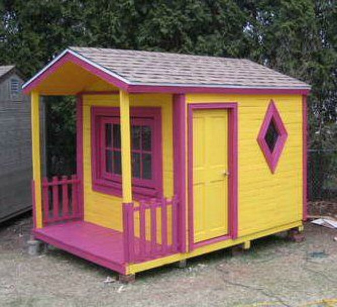 Pallet Cubbyhouse