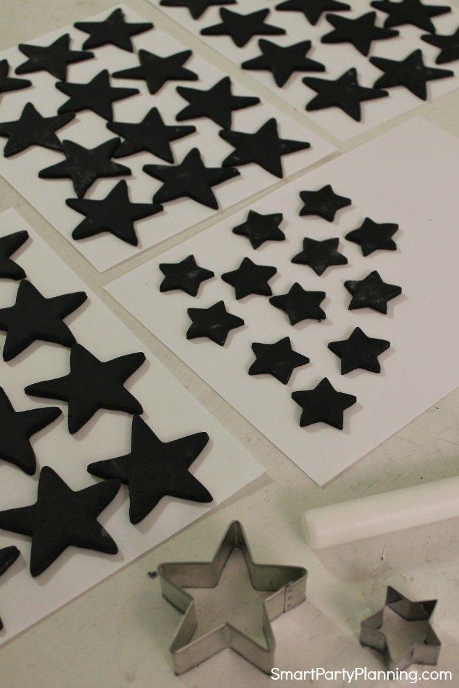 Black fondant stars