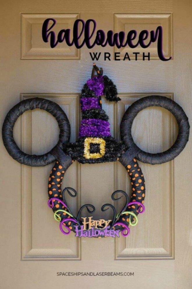 disney-mickey-mouse-halloween-wreath