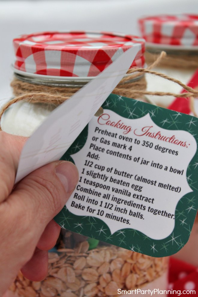 Recipe card for cookies in a jar