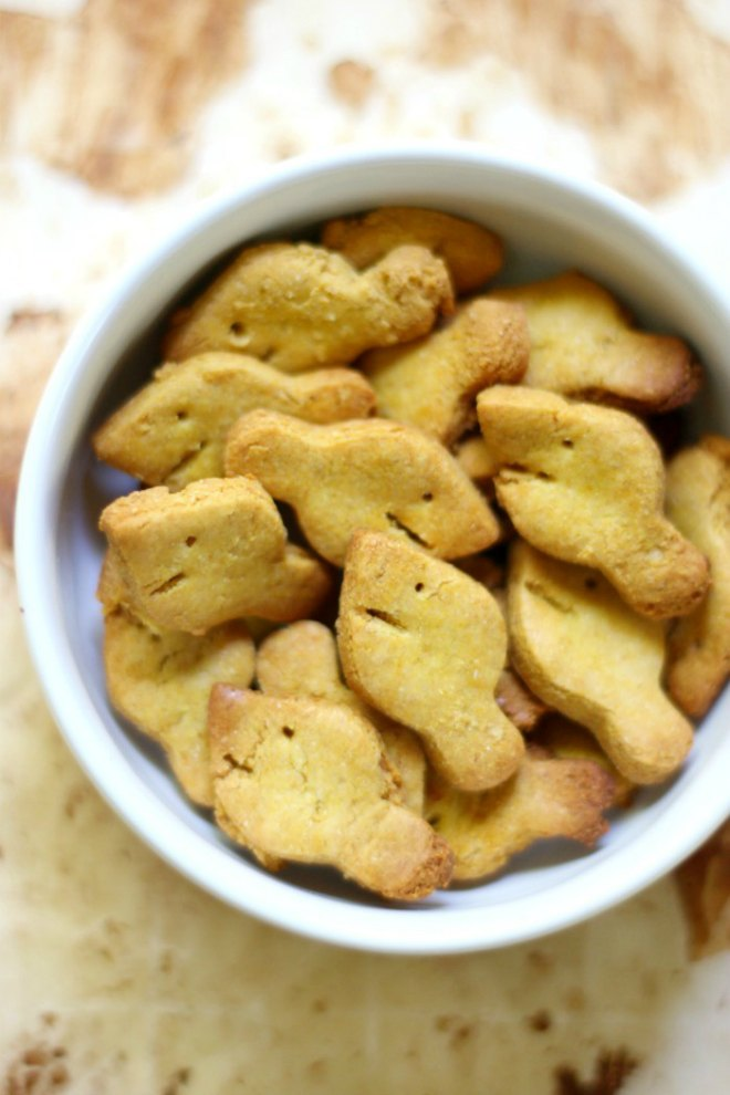 Homemade-Gluten-Free-Goldfish-6