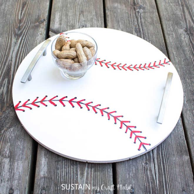 DIY-Baseball-Serving-Tray