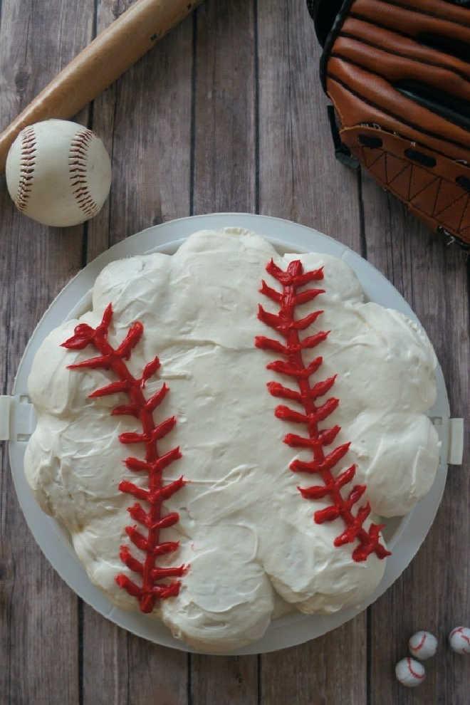 Pull apart baseball cake