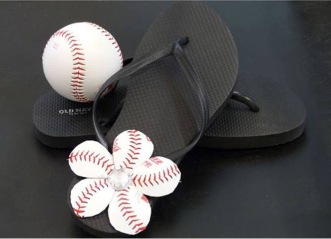diy-baseball-flip-flops