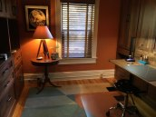 murphy-bed-craft-room-makeover-custom-desk