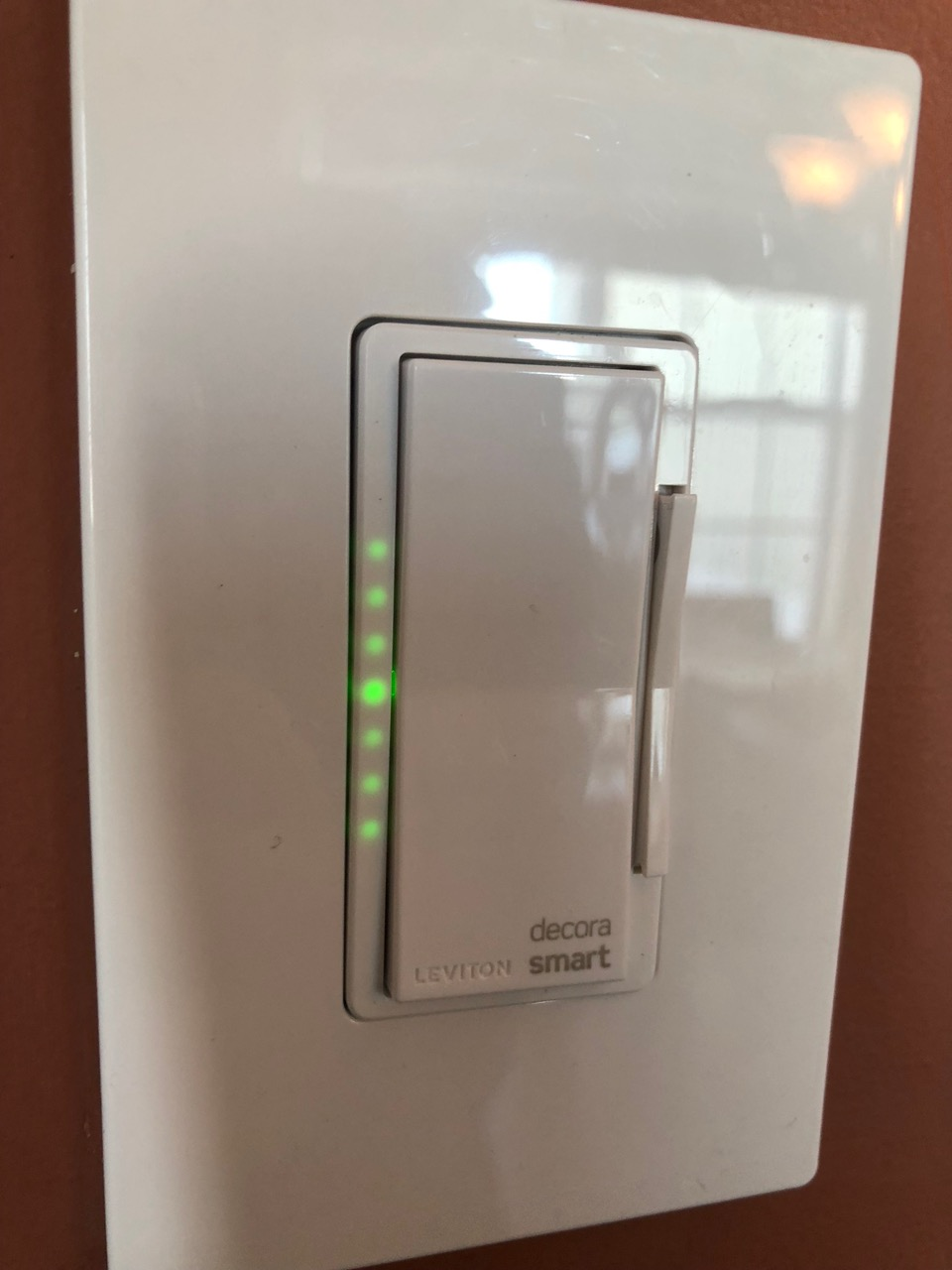 Leviton Decora Smart WiFi Dimmer Switch Review (model DW6HD-1BZ
