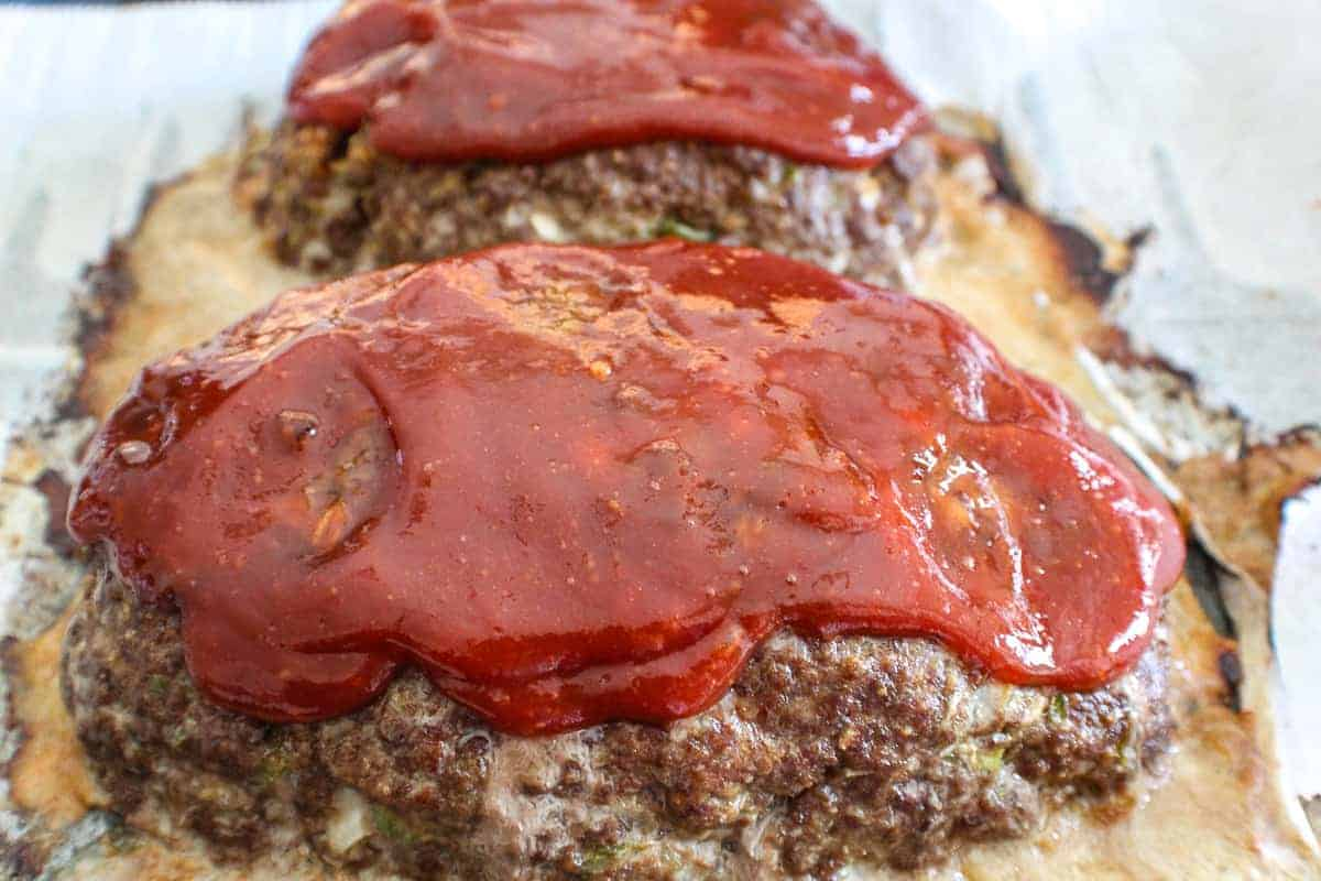 Meatloaf topped with tomato sauce