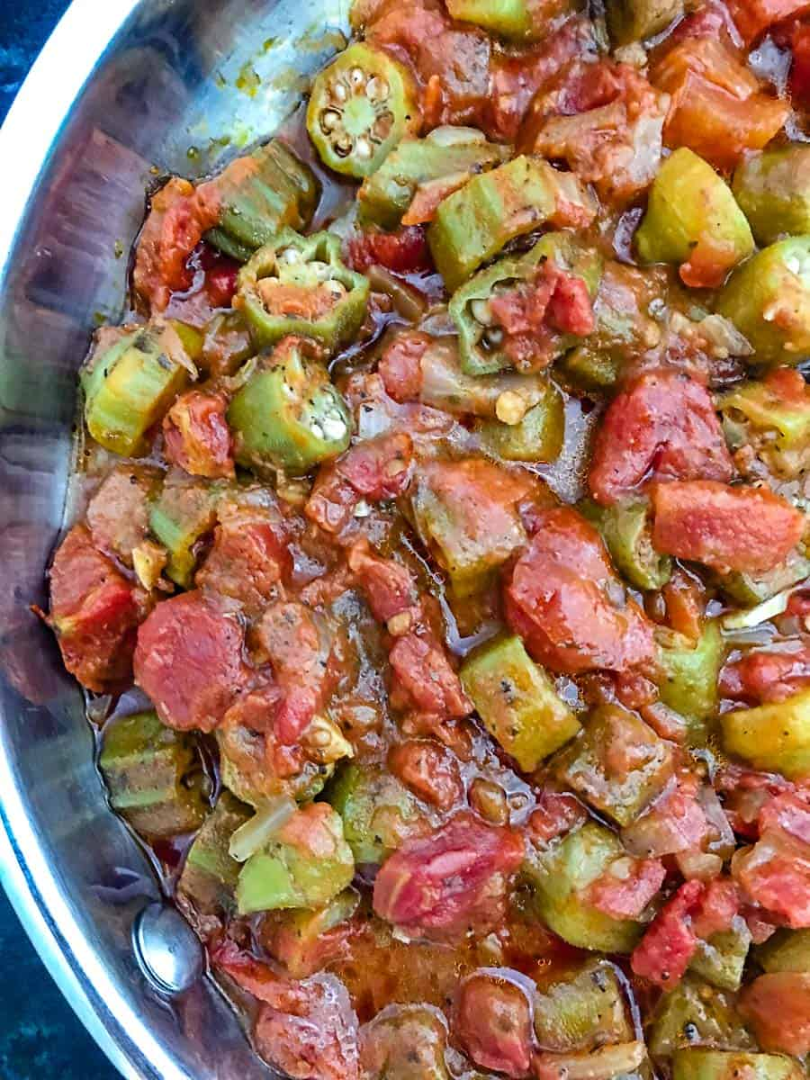Smothered okra and tomatoes in pan