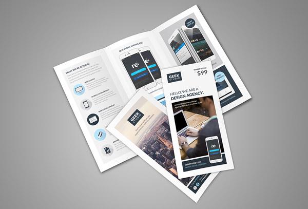 Flat Brochure Design 25