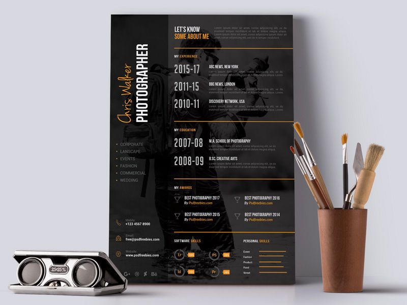 Free photographer resume template made in PSD