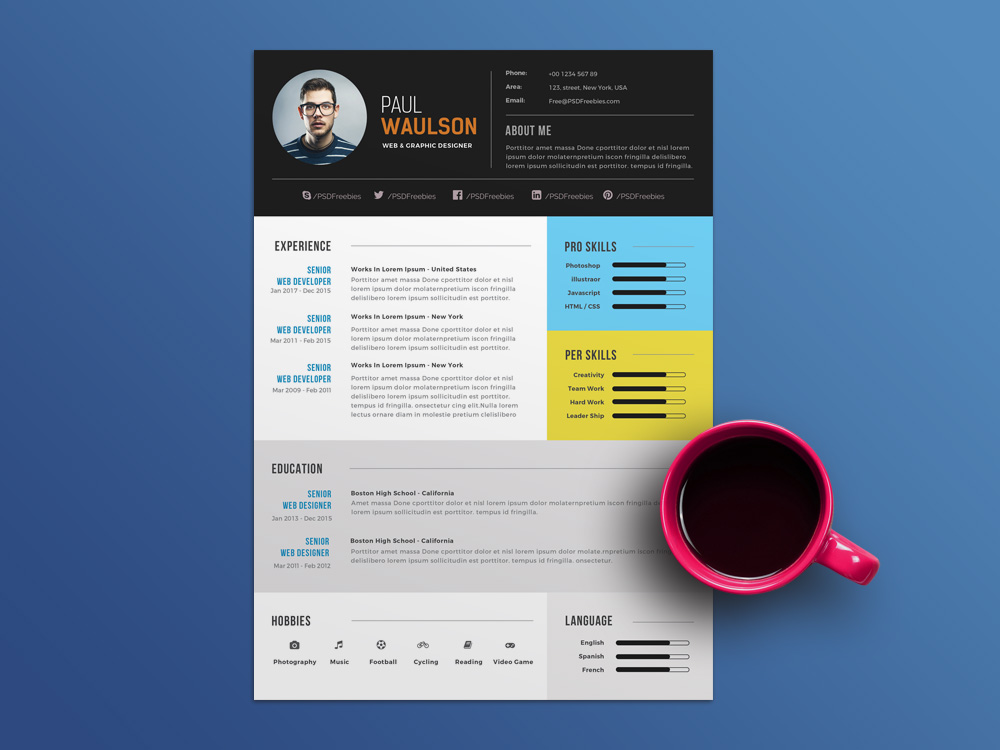 Free Elegant PSD Resume Template for Job Seeker