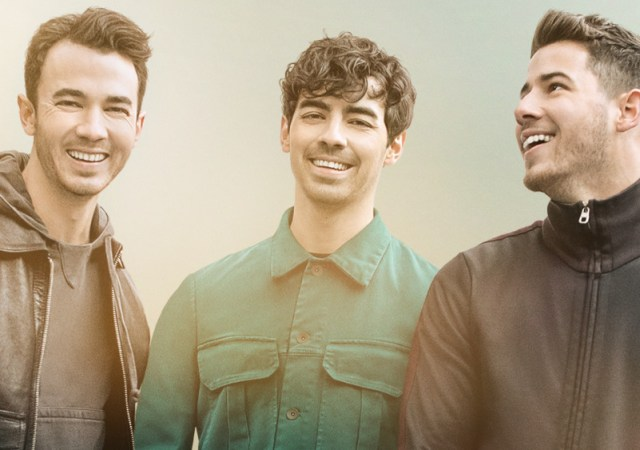 jonas-brothers-chasing-happiness