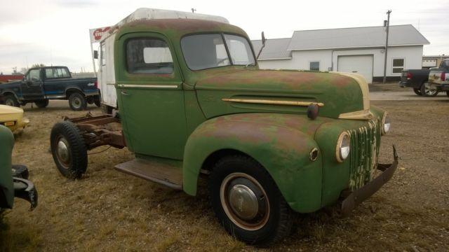 2 1 1942 Pickup 1 Chevy