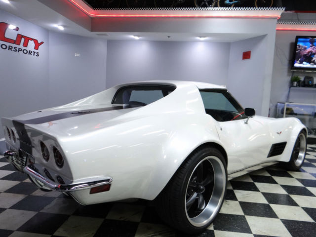 Chevy Corvette Stingray C3 Restomod Widebody Coupe 4 Speed