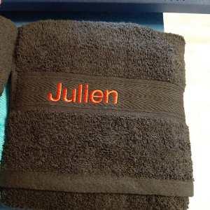 Drap de bain brodé sm concept imprimeur gard