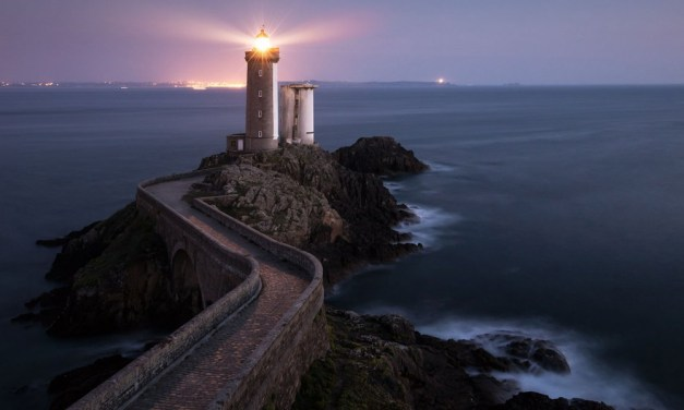 How To Photograph Lighthouses In The Landscape