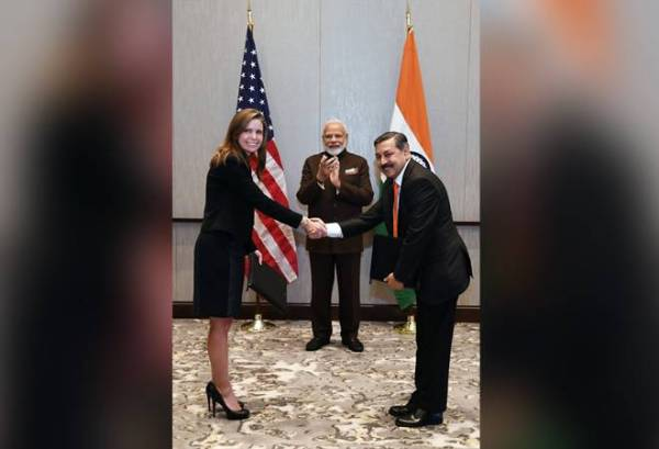 PM Modi in Houston: Petronet signs MoU with Tellurian for LNG import through equity investment