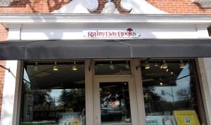 Family Runs Local Bookstore