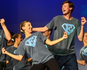 Seniors Gretchen Crum and Liam George dance together during the MANcer Dancer performance. Photo by Sophie Storbeck