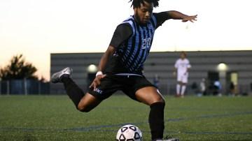 Gallery: Boys Varsity soccer ties 2-2 against South
