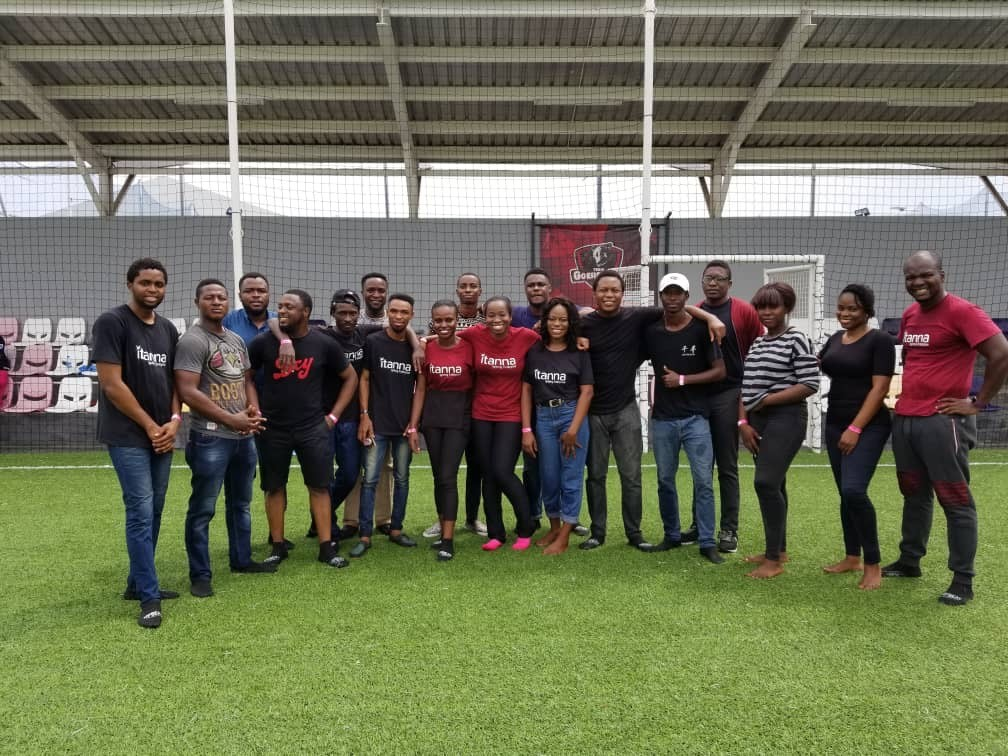 The 2018 Accelerator Programme cohort and the Itanna team at a team bonding event.