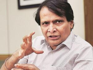 Khadi Exports Potential is Huge: Suresh Prabhu