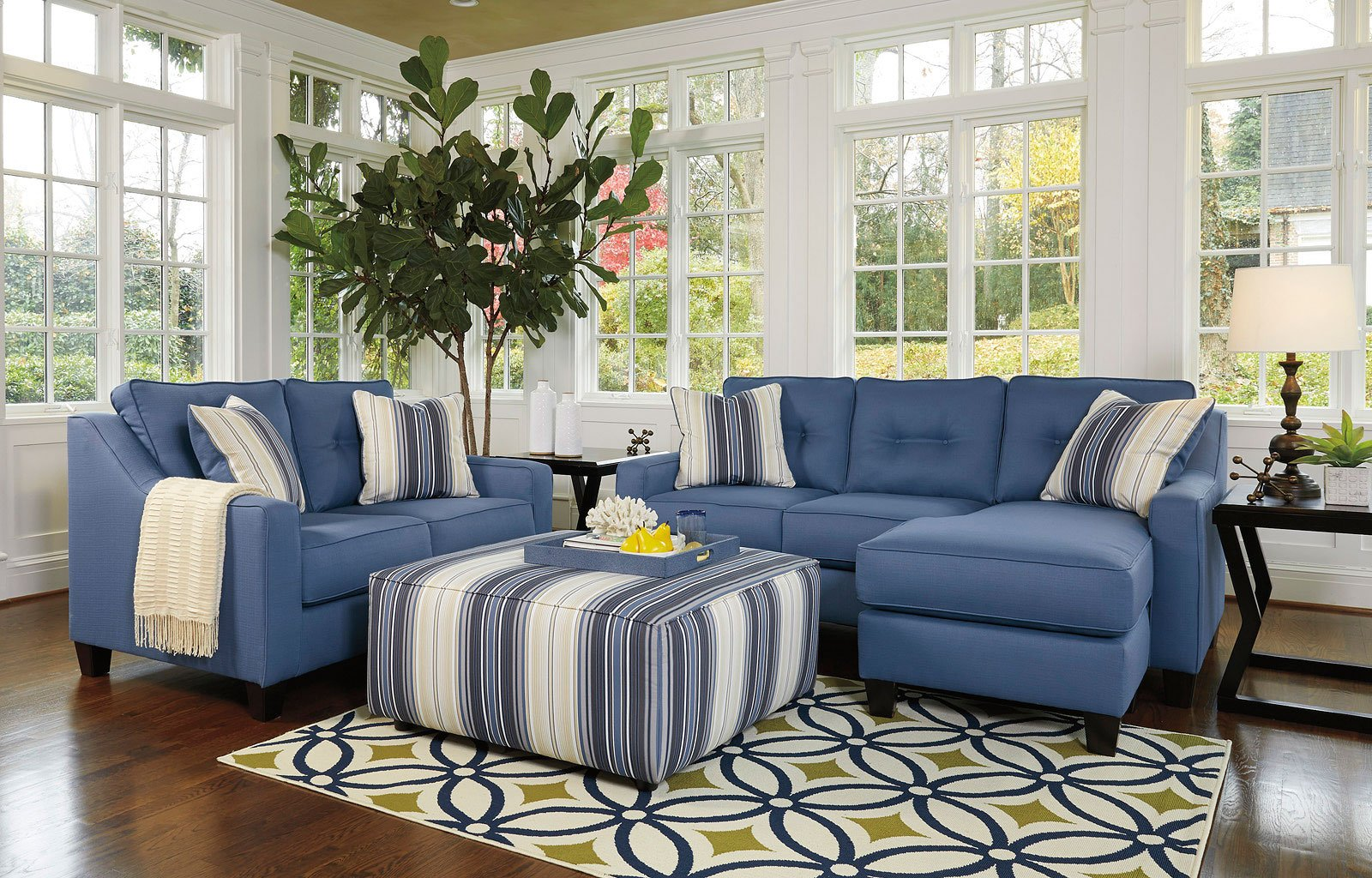Aldie Nuvella Blue Living Room Set BenchCraft, 2 Reviews ...