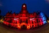 Manchester si lascia invadere dalla pubblicità di Virgin