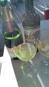 Champagne e Absinthe, cioè 'Death in the afternoon', il cocktail di Hemingway