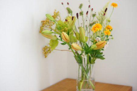 花のサブスクLIFFT(リフト)のクーポン・キャンペーンと花瓶つきプランを利用した口コミ