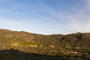 Hidden Mtn reveals Deer Park Monastery