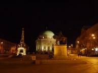 Széchenye square at night