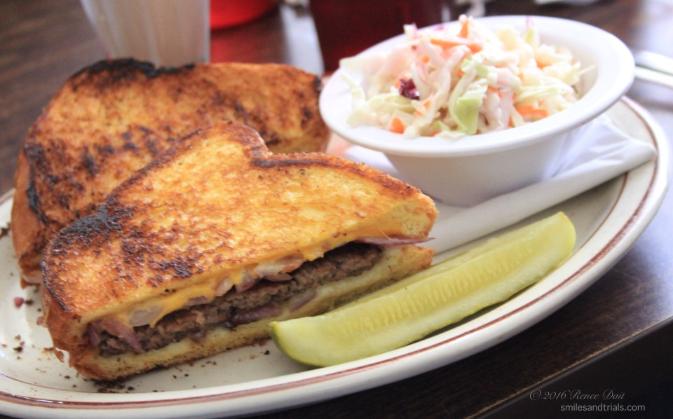 5819-all-american-diner-patty-melt