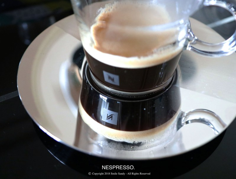 Nespresso Essenza Mini 膠囊咖啡機-咖啡杯裝咖啡