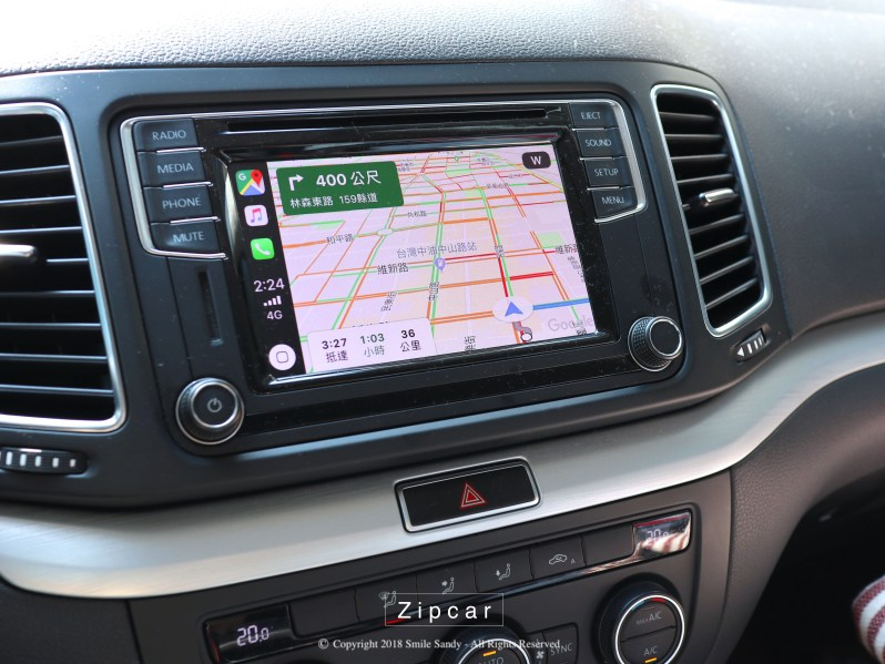 Volkswagen Sharan 原廠Composition Media支援Carplay。