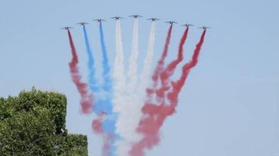 フランス革命祭2018_一機が煙の色を間違える
