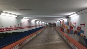 Tunnel de street art sur le chemin du retour
