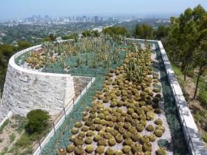 Jardin des cactées, et L.A. en arrière-plan