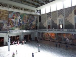A l'intérieur, la superbe salle où est décerné chaque année le prix Nobel de la Paix
