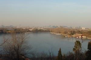 Au loin, la pollution...