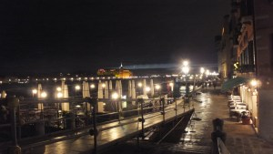 Zattere, les quais du Dorsoduro by night