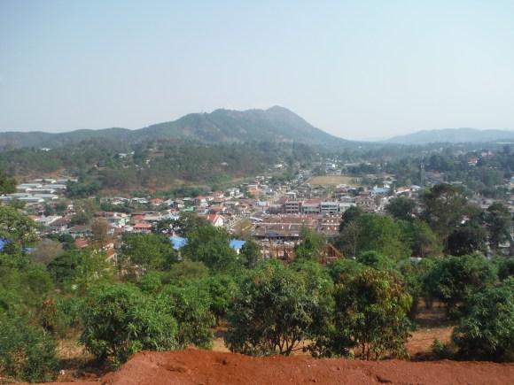 Vue sur Kalaw depuis la pagode qui surplombe la ville