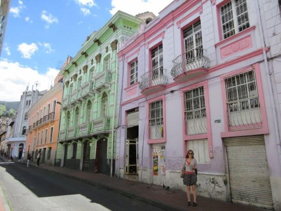 Les belles façades colorées du Quito colonial