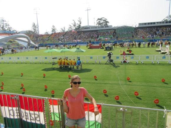 Le stade où se déroulent l'escrime bonus, l'équitation et le combiné