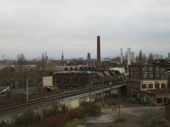 Découverte d'une ancienne zone industrielle près des thermes...